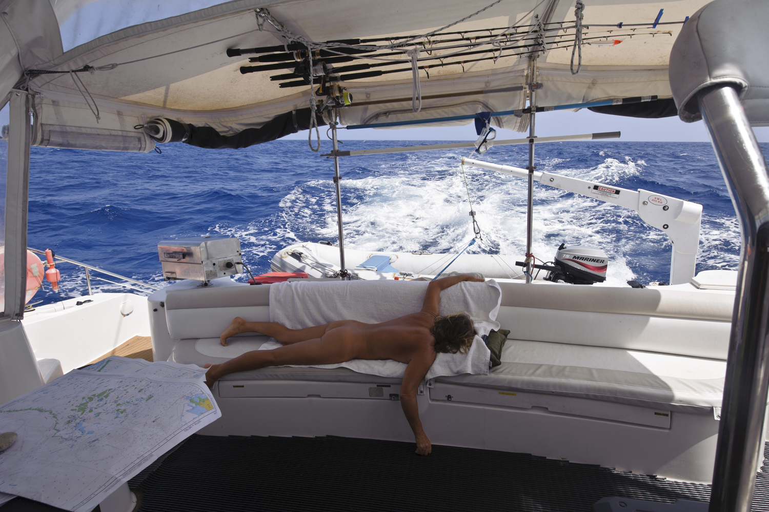 Sailing naked pictures